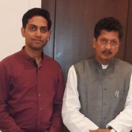 Deepak Vasant Kesarkar, Politician